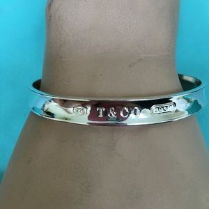 🔴Authentic Tiffany&Co Bangle 🔴❤️