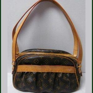 Louis Vuitton Handbags - Louis Vuitton Klara shoulder bag
