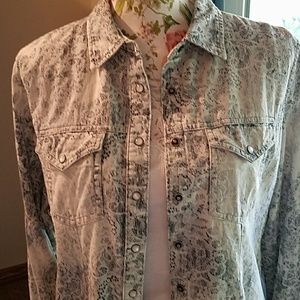 i jeans by Buffalo Jackets & Blazers - Denim shirt jacket with lace pattern, i jeans, EUC