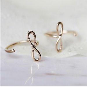 Free Country Jewelry - Free People Infinity Huggie Earrings