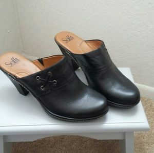 Sofft Shoes - Leather mules  with a small wedge heel