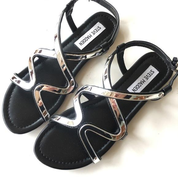 95955a27b1b NEW STEVE MADDEN black silver flat summer sandal 6 NWT