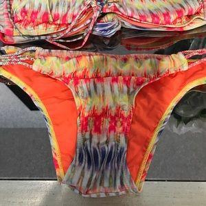 Pilyq Swim - Pily q swim suit small bottom medium top.