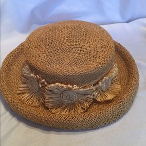 Vintage straw hat with flowers