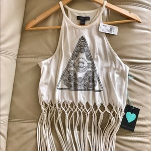 Kendall & Kylie Tops - *NWT* Kendall & Kylie Graphic Fringe Crop