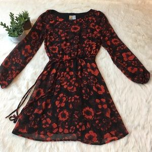 Mimi Chica Dresses & Skirts - Mini Chica red and black floral dress