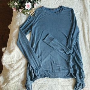 American Eagle Outfitters Tops - American eagle long sleeve crop top