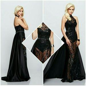 Dresses & Skirts - Shananah Lace Masterpiece Dress
