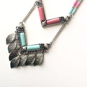 Jewelry - Leaf Boho Necklace