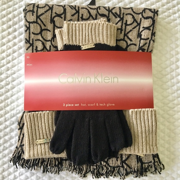 NWT Calvin Klein winter set-hat 45823420625