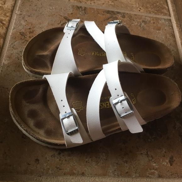 428ca84ca22 Birkenstock Shoes - RARE Birkenstock Salina