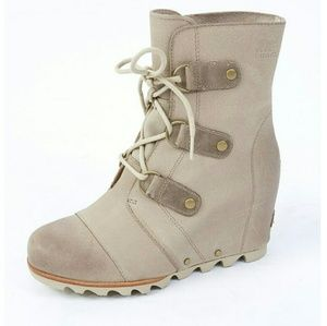 Sorel Shoes - NWT Sorel Joan of Arctic Wedge Boots