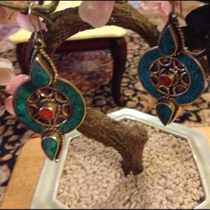 Vintage Jewelry - Vintage inlay turquoise coral earring