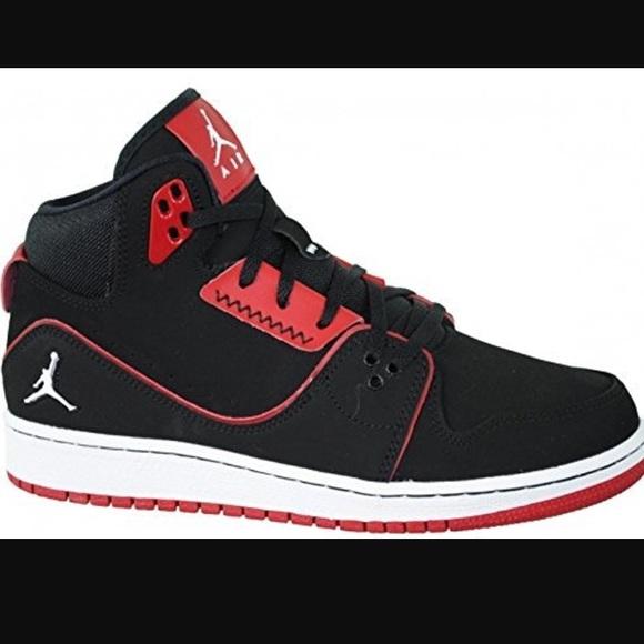 061e96cdc08ce1 Nike Air Jordan 1 Flight 2 sneakers. M 58dad40b78b31cf29515810d