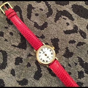 Tourneau Accessories - Tourneau gold plated watch