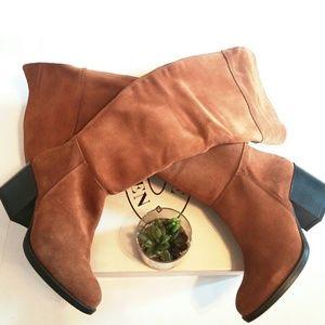 Steve Madden Shoes - 💎NEW Steve Madden Suede Chesnut Knee-high Boots
