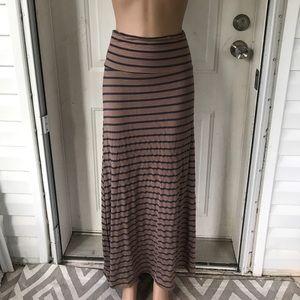 unknown Dresses & Skirts - NWOT tan blue striped yoga maxi dress L soft