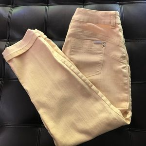 Chicos cropped so slimming jeans
