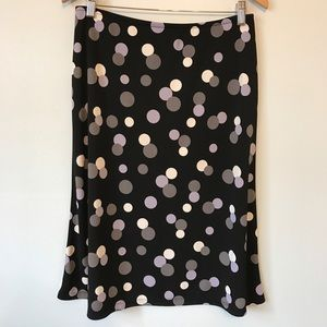 New York & Company Dresses & Skirts - 💠4/$20 SALE Black skirt with polka dots