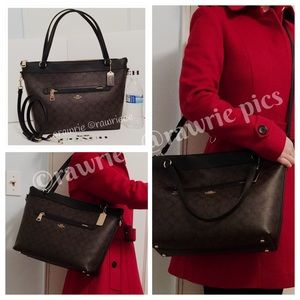 New Coach Signature Tyler City Zip Tote with Strap