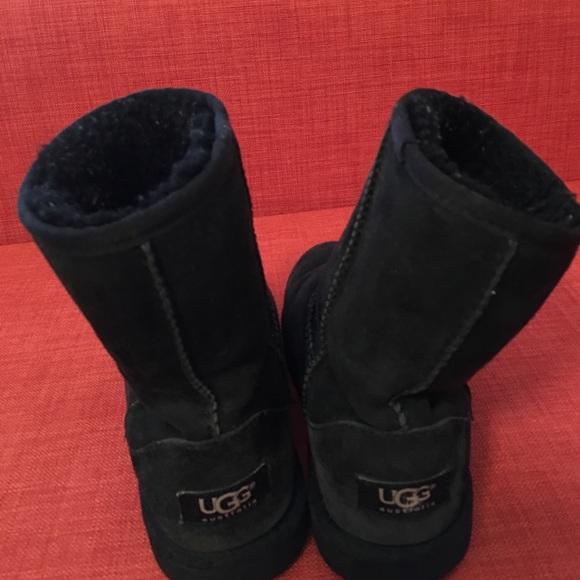 0c1189383e2 Ugg Boots Reviews 6 Souls Imdb | MIT Hillel