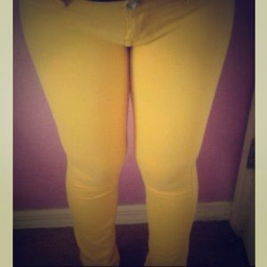 Yellow skinny super stretchy comfy jeans Sz 3
