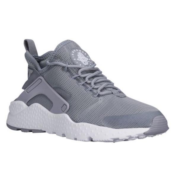 8264e0e6f3e4 Nike Air Huarache Run Ultra Women s Sneakers. M 58dafd72981829816b023cf7