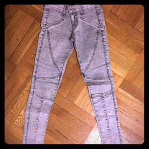 LF Stores Denim - Grey stone wash jeans with symmetrical pipping