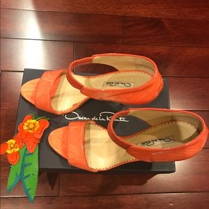 Oscar de la Renta Shoes - Oscar de la renta patent leather size 40 sandal