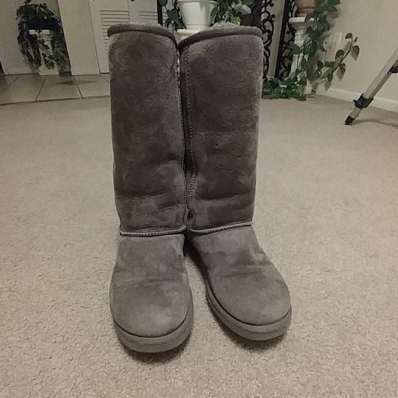how to clean uggs with vinegar and water