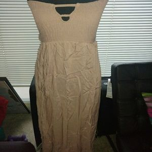 Dresses & Skirts - New! Beige Maxi dress size L
