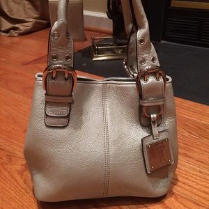 Tignanello Handbags - Silver Tignanello Purse!