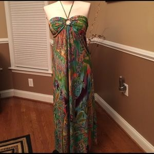 Alyn Paige Dresses & Skirts - Colorful halter maxi dress