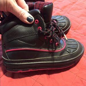 Nike Other - Euc. Nike ACG rain/snow boots. Size 2.5