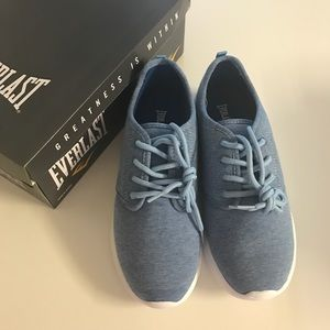 Everlast Shoes - NEW Everlast Sneakers, size 8!