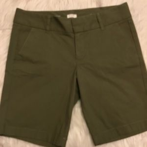 J. Crew Pants - J. Crew Frankie Shorts in Olive Green