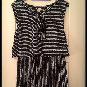 Dresses & Skirts - NWT Navy Stripe Tie Neck dress, sz M