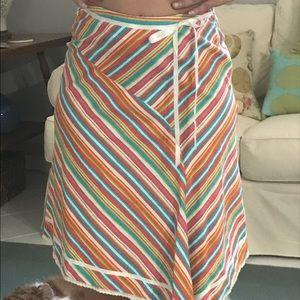Dresses & Skirts - 🌴🌺HP 🌺🌴Multi colored asymmetrical skirt