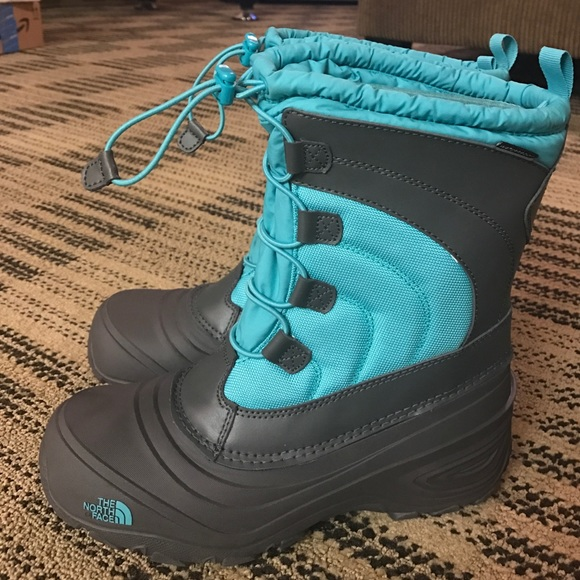 085c874df The North Face Alpenglow IV Girls Boots W size 7-8