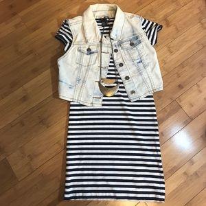 Jackets & Blazers - Denim vest size small