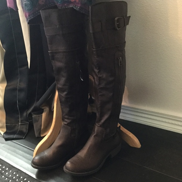 c865c64fa16 NWT American Rag over the knee boots