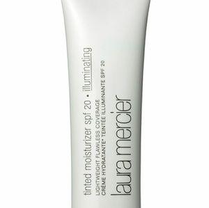 laura mercier Other - Illuminating tinted moisturizer