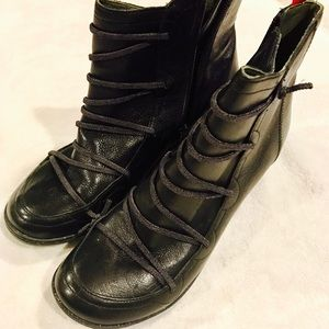Camper Shoes - PRICE ⬇️ Women's Black Leather Boots by Camper