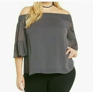 75 off torrid tops tunic top from torrid size 2 from janetta s