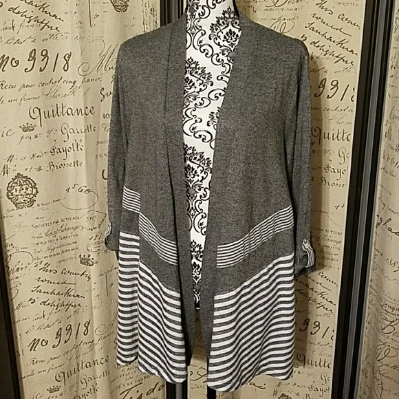 Alfred Dunner Sweaters - Nice wrap around sweater by Alfred Dunner size 1X