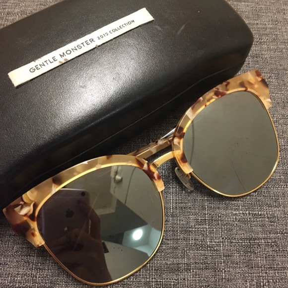 e0a035846e GENTLE MONSTER Accessories - GENTLE MONSTER  MADAME M  sunglasses