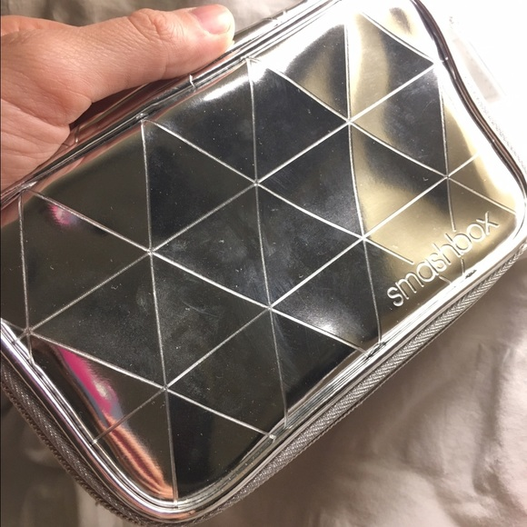 Smashbox Bags - NWOT Smashbox Cosmetics Wondervision Zipper Pouch
