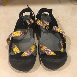 Keen Shoes - Ladies Keen Shoes/Sandals