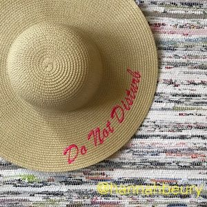 """Do not disturb"" Embroidered Floppy Beach Hat"