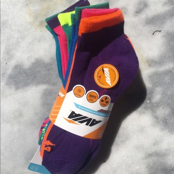 7121d2668bf Avia athletic socks